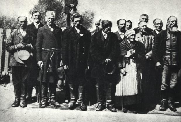 Kodeń 1927 r. - Unici odznaczeni Krzyżem Papieskim Krzyż Pro Ecclesia et Pontifice