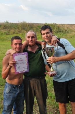 Zwycięzcy z trenerem od przygotowania fizycznego;)