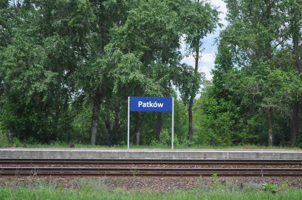 Patków stacja kolejowa 2013
