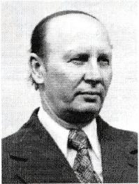 Tadeusz Grochowski - Kierownik szkoły w Patkowie