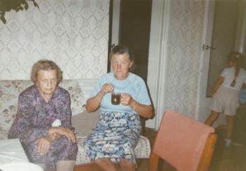 Patków 1995 - od lewej: Irena Gmitruk i Stanisława Gil