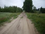 Droga przy boisku