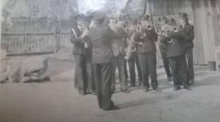 Otwarcie przystanku w Patkowie 7 maja 1977 r. Orkiestra