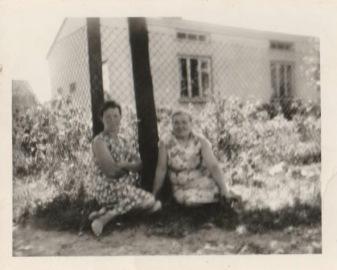 Stanisława Gil i prawdopodobnie Pani Norwa